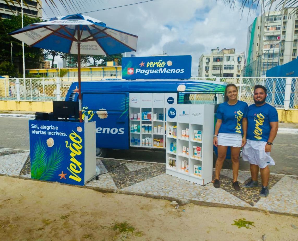 Pague Menos estaciona farmácia móvel em Porto de Galinhas