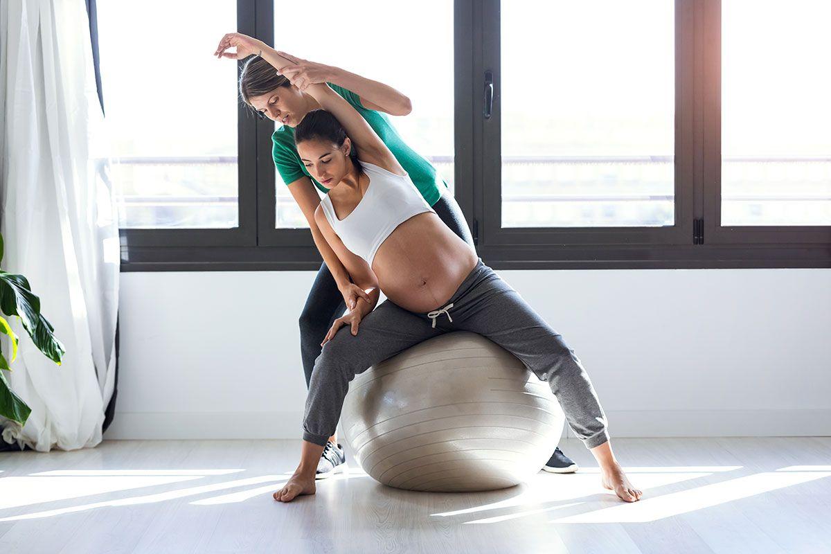 gravida em aula de pilates