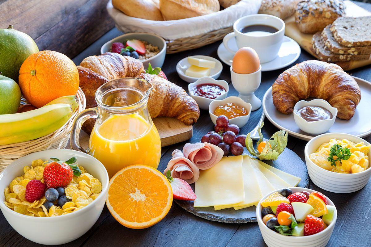 café da manha com alimentos saudáveis