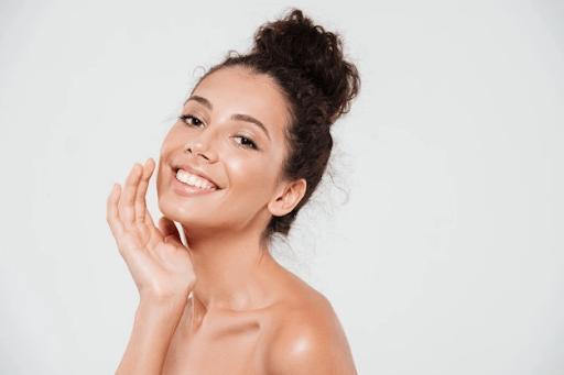 Confira dicas de como cuidar da pele oleosa